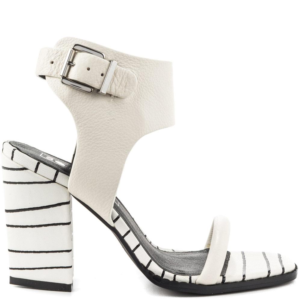 Mario Heel - White Stripe Print
